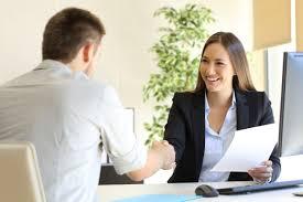 Como ir bem na entrevista de emprego
